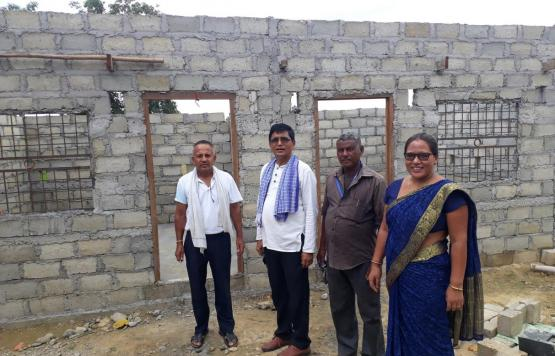 मुसहर समुदायको भवन अनुगमन गर्दै गाउँपालिकाको टोलि